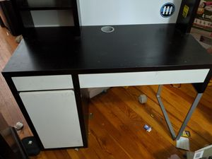Ikea desk with hutch for Sale in Chicago, IL
