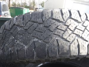 Goodyear wrangler MT 265/65/18 for Sale in Blue Springs, MS