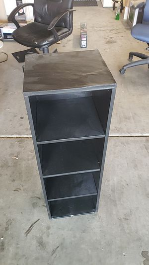 Small shelf tower for Sale in Tucson, AZ
