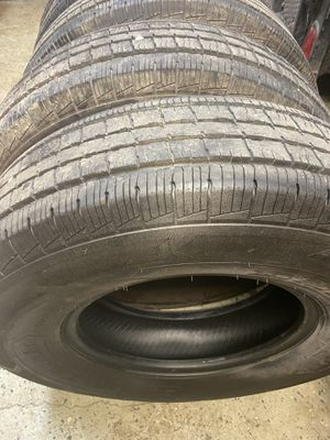 16 inch tires like new for Sale in Elgin, IL