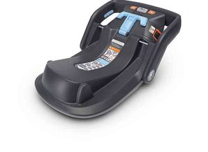 uppababy vista car seat base for Sale in Newport Beach, CA