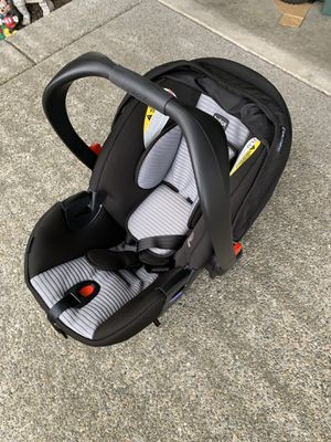 Britax infant car seat $20*clean and great condition* sold the other car so we dont need anymore for Sale in Graham, WA