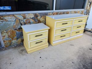 Dresser drawer drawers and night stands for bed room set for Sale in Hollywood, FL