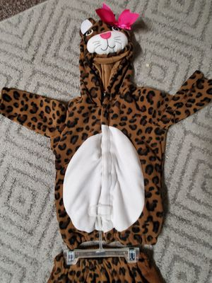 Old Navy Tiger Costume 2-4 years for Sale in Wichita, KS