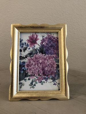 Gold Picture Frames (4x6) for Sale in Portland, OR