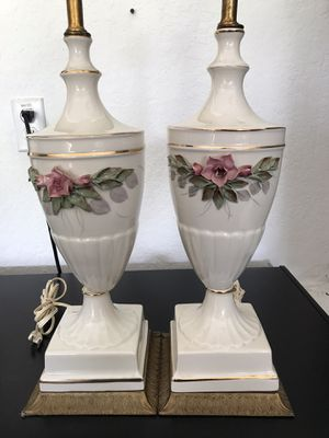 Antique Porcelain Gardenia Capomonte set of lamps for Sale in Ocala, FL