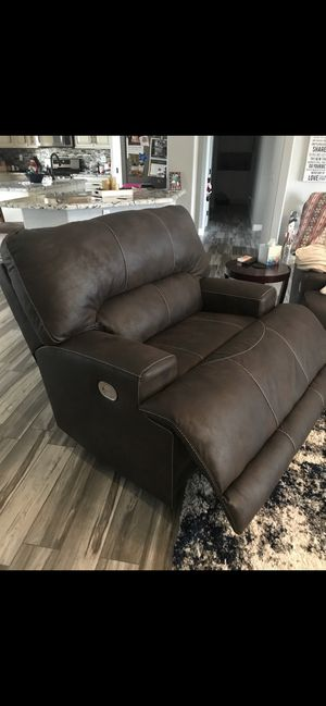New Automatic reclining couches for Sale in Apple Valley, CA