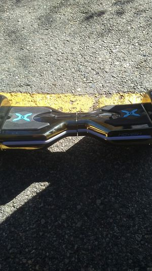 Gold hover board. No charger for Sale in Montezuma, CO