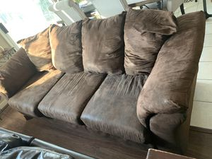 Brown couch for free for Sale in Fresno, CA