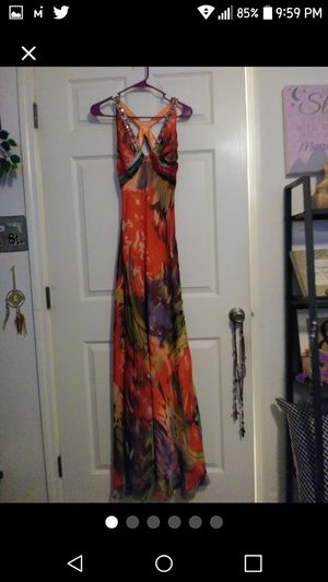 Long Dress By Faviana Couture Size 4 for Sale in Orlando, FL