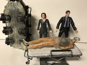 The X-Files Series 1 Action Figures Agent Dana Scully Fox Mulder 1998 McFarlane Toys for Sale in Kenmore, WA