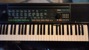 Yamaha keyboard and cushion seat for Sale in Waterbury, CT