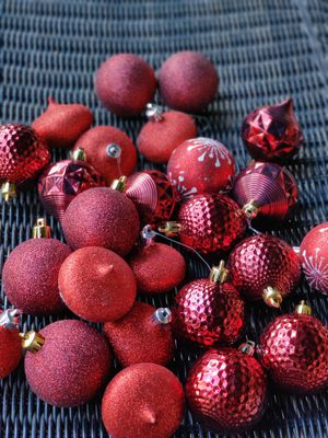 Red plastic Christmas ornaments for Sale in Maple Valley, WA