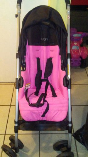Pink/black urbini reversi stroller for Sale in Alexandria, VA