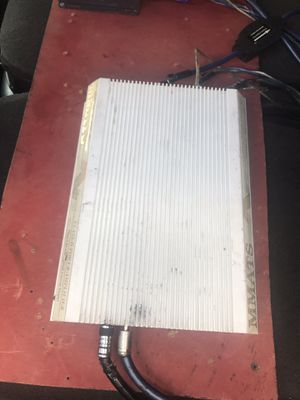MMATS D200HC CAR AMPLIFIER for Sale in Chicago, IL