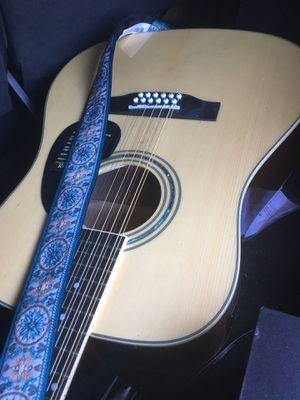 Requinto de 12 cuerdas con afinador integrado for Sale in Santa Barbara, CA