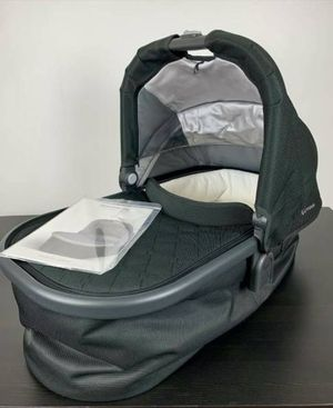 Uppababy Infant Bassinet for Cruz or Vista Strollers for Sale in Los Angeles, CA