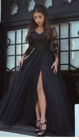 Prom dress for Sale in Maurice River, NJ