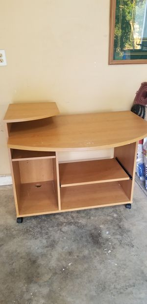 Desk for Sale in Mint Hill, NC