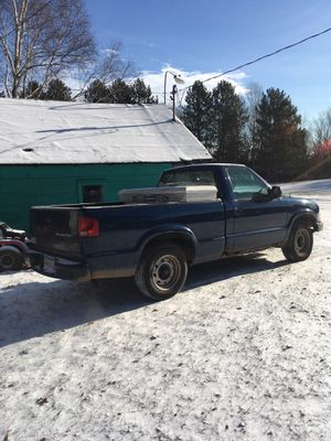 Chevy s10 for Sale in Duluth, MN