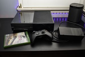 Xbox One with game and controller for Sale in Glendale, CA