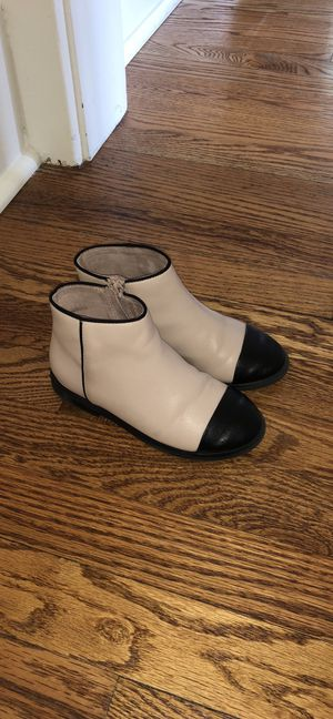 Girl kid boots Zara size 28 excellent condition for Sale in Dearborn, MI