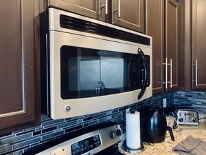 GE Over-The-Range Microwave for Sale in Upper Marlboro, MD
