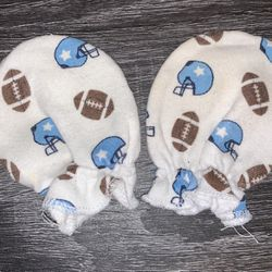 Baby Hand Mittens for Sale in Gibsonton,  FL