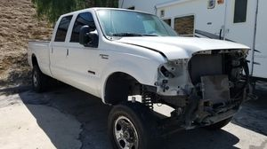 2005 f350 CREW CAB LONG BED PARTS OUT ONLY for Sale in Los Angeles, CA
