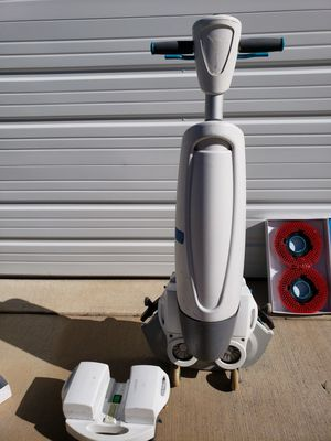 I-Mop Floor Scrubber for Sale in Pearland, TX