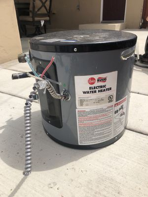 Ruud Electric water heater for Sale in San Diego, CA