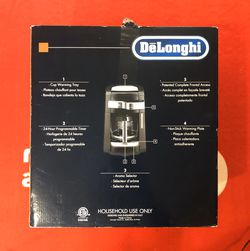 DeLonghi DCF2212T 12-Cup Glass Carafe Drip Coffee Maker Black for Sale in Wrightstown,  NJ