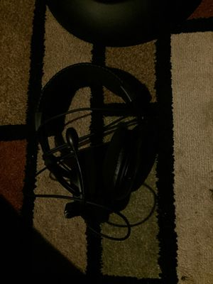 Gaming headphones for Sale in Charter Township of Clinton, MI