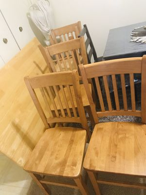 "Dining set solid wood table 30""x48"" with 5 chairs in excellent condition smoke pet free we removed the legs for easier moving pick up only for Sale in Gaithersburg, MD"