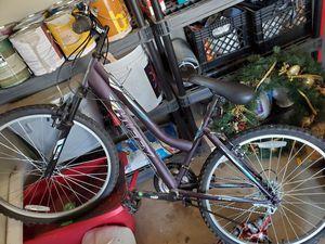 Women's 10 Speed Huffy Tundra Bike for Sale in Acworth, GA