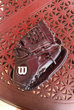 A2000 Softball Glove for Sale in Roselle, IL