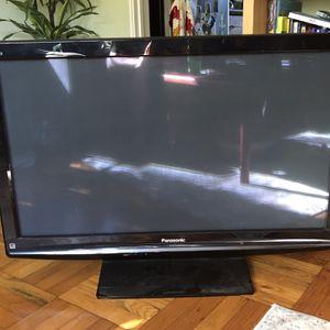PANASONIC VIERA PLASMA TV for Sale in Los Angeles, CA