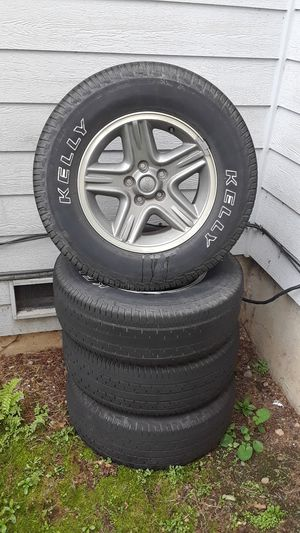 Jeep wheels and tires for Sale in Arlington, WA
