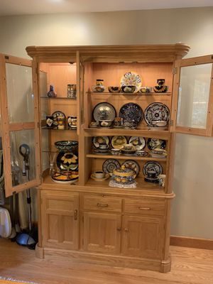 China cabinet, solid wood, with lights for Sale in Pepperell, MA