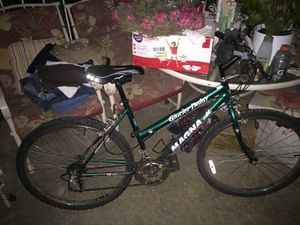 Mountain bike for Sale in Wildomar, CA