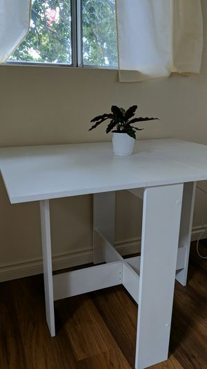 BRAND NEW Dining Table for Sale in Bend, OR