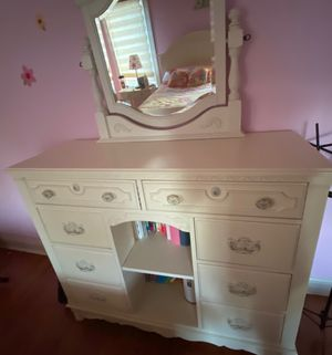 Bedroom set for Sale in Lombard, IL