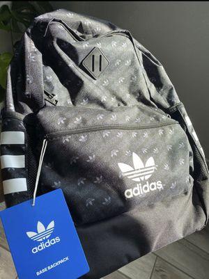 Adidas Black backpack 🎒 for Sale in San Fernando, CA