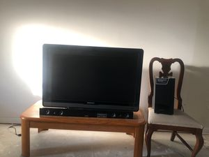 "50""Tv and Sound Bar for Sale in Dover, DE"
