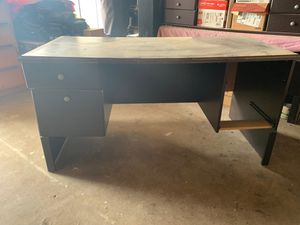 Desk is complete,Free for Sale in Moreno Valley, CA