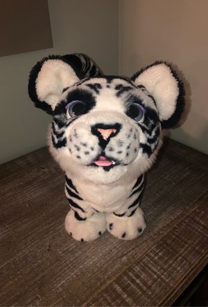 Furreal friend tiger. Mint condition played with twice. for Sale in East Providence, RI