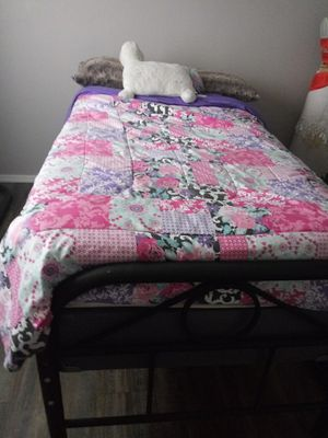 Day bed mattres box spring and frame for Sale in Richland, WA