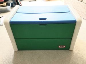 Little Tikes Toy Box for Sale in Centreville, VA