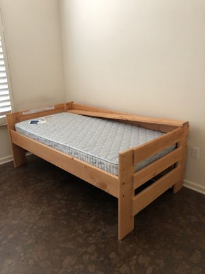 Twin size bed with mattress for Sale in Manchester Township, NJ