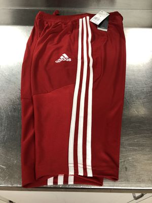 NEW 40$ ADIDAS RITO19 RED 3/4 PANTS/SHORTS SIZE-MEDIUM MENS for Sale in Savage, MD